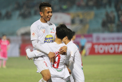 Hoàng Anh Gia Lai khởi đầu tưng bừng tại Toyota V-League 2016