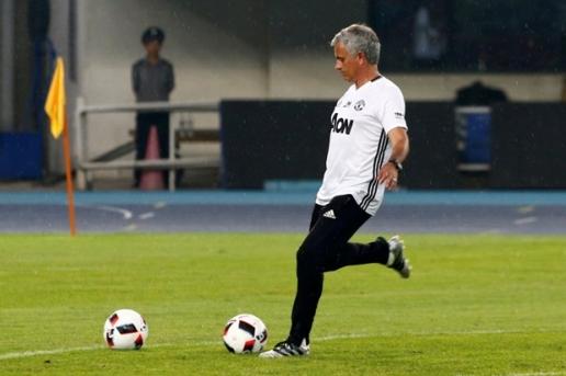 Mourinho dần nhận ra quyết định đi Trung Quốc là sai lầm