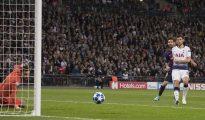 Messi thăng hoa trước Tottenham