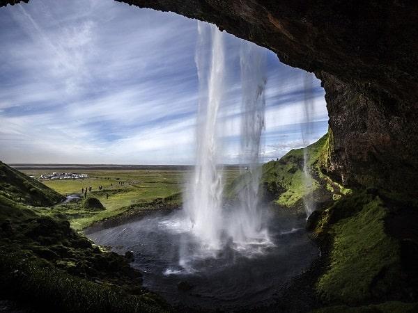 Mơ thấy thác nước có điềm báo gì? đánh số nào?